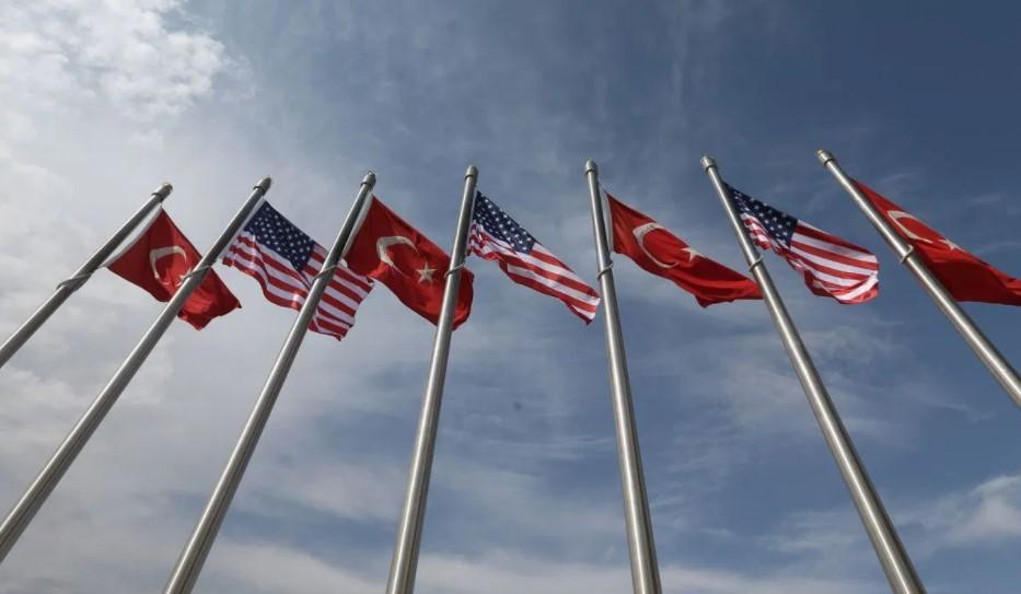 Άγκυρα: Οι ΗΠΑ πρέπει να επιστρέψουν σε μια ουδέτερη στάση στην Κύπρο