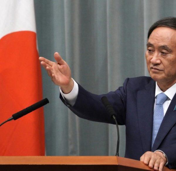 Ο Γιοσιχίντε Σούγκα νέος ηγέτης του κυβερνώντος κόμματος