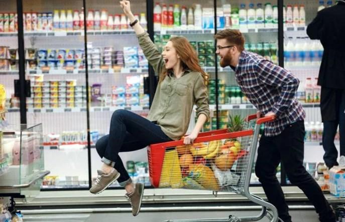 καταναλωτική εμπιστοσύνη στις ΗΠΑ