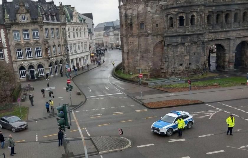 Γερμανία αυτοκίνητο πάνω σε πεζούς