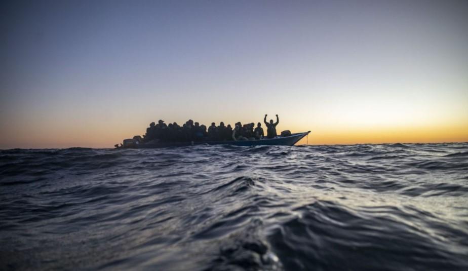 πρόσφυγες μεταναστες