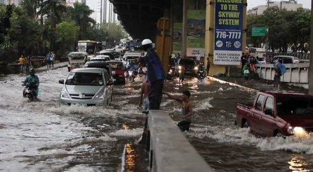 (UPD) Τουλάχιστον 50 νεκροί από το πέρασμα τροπικής καταιγίδας στις Φιλιππίνες