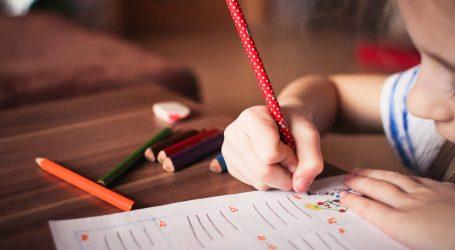 Γαβρόγλου: Σκέψεις να ξεκινάει το σχολείο στις 9 το πρωί…
