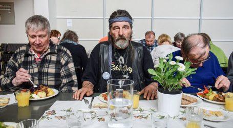 Γερμανία: 1,65 εκατομμύρια άνθρωποι τρέφονται σε συσσίτια