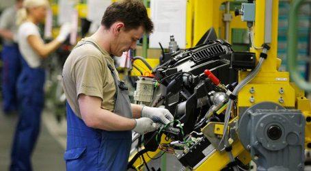 Διολίσθησε τον Μάιο η ανάπτυξη της ευρωζώνης στη μεταποίηση και τις υπηρεσίες