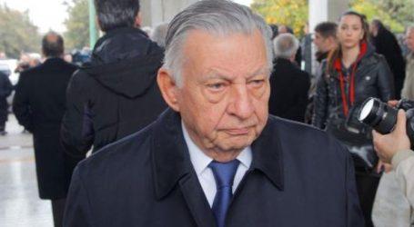 Ο κ. Κοτζιάς διαστρέβλωσε τα όσα γράφει στο βιβλίο του ο Ι. Βαρβιτσιώτης, αναφέρουν συνεργάτες του πρ. υπουργού της ΝΔ