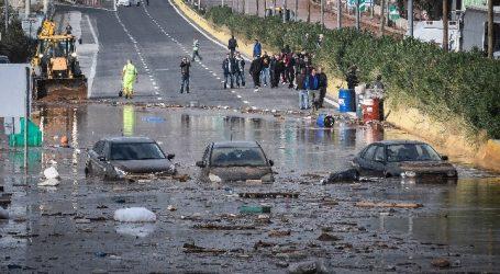 Η Κομισιόν καλεί την Ελλάδα να συμμορφωθεί με τις απαιτήσεις της οδηγίας για τις πλημμύρες