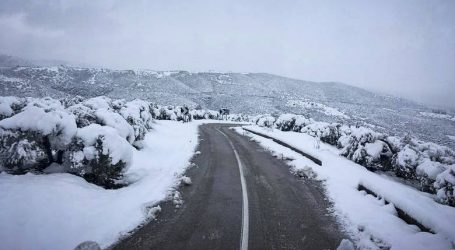 Η εικόνα του χιονιά στο οδικό δίκτυο της Θεσσαλίας