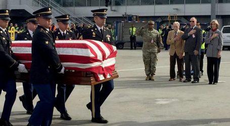 Β. Κορέα: Παράδοση λειψάνων Αμερικανών που είχαν σκοτωθεί στον Πόλεμο της Κορέας