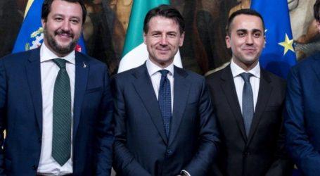 """Ιταλία-δημοσκόπηση: Ανεβαίνει ο Σαλβίνι, πέφτει το Κίνημα 5 αστέρων, στον """"πάτο"""" ο Κόντε"""
