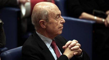 Όλοι εναντίον όλων με θρυαλλίδα την έρευνα για τον Σημίτη | Απομόνωση ΚΙΝΑΛ για την εμπλοκή Παυλόπουλου | Φάκελος στη Βουλή με όνομα υπουργού του 2003