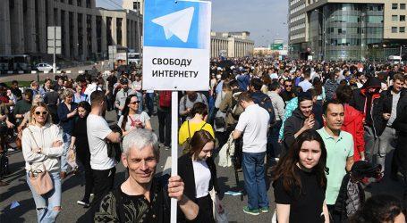 Ρωσία: Ογκώδεις διαδηλώσεις κατά των περιορισμών στο ίντερνετ
