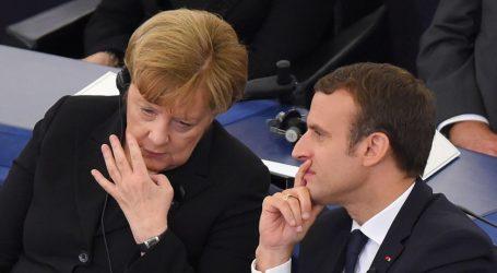 SZ: Μεταρρυθμιστική στασιμότητα στον γαλλο-γερμανικό άξονα, ενώ αύριο ορκίζεται η Μέρκελ