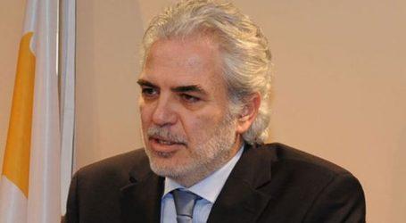 ΕΕ: Εσπευσμένα στην Αθήνα ο επίτροπος Ανθρωπιστικής βοήθειας και Διαχείρισης Κρίσεων