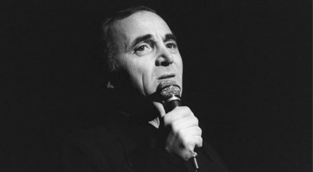 Πέθανε ο μύθος του γαλλικού τραγουδιού Σαρλ Αζναβούρ
