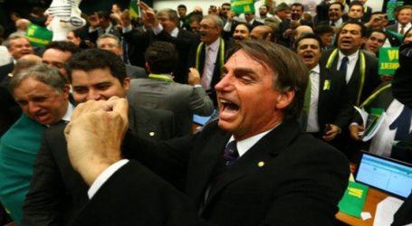 Βραζιλία: Με αντι-κομμουνιστικό ξέσπασμα πανηγύρισε τη νίκη του ο Μπολσονάρου