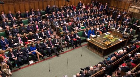 Brexit | Βουλή των Κοινοτήτων: Απορρίφθηκαν και οι οκτώ προτάσεις που είχαν τεθεί σε ψηφοφορία