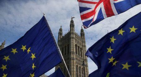 EE: Εν αναμονή των προτάσεων Τζόνσον για το Brexit
