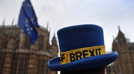 H Σύνοδος Κορυφής ενέκρινε ομόφωνα τη συμφωνία για το Brexit – Τα κύρια σημεία της