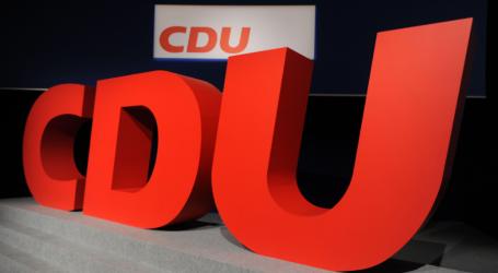 CDU: Θέτει το Σύμφωνο του ΟΗΕ για την Μετανάστευση σε ψηφοφορία