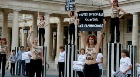 Παρίσι | Femen: «Σταματήστε τις γυναικοκτονίες!»