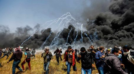 Νέες διαδηλώσεις Παλαιστινίων στη Γάζα – Περισσότεροι από 100 τραυματίες από ισραηλινά πυρά