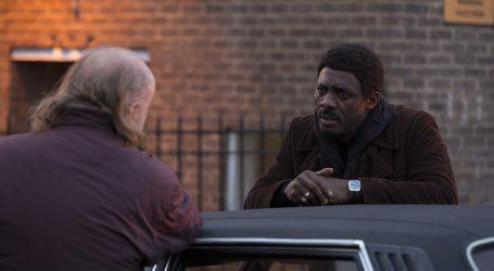 COSMOTE TV: Πρεμιέρα για τη νέα κωμική σειρά In the Long Run με τον Ίντρις Έλμπα