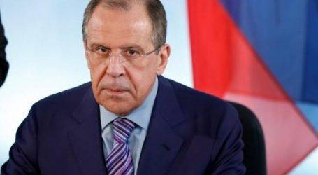 O Λαβρόφ επιβεβαιώνει την κρίση στις ελληνο-ρωσικές σχέσεις