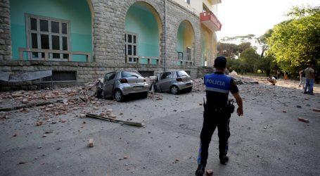 Σκηνές πανικού από ισχυρό σεισμό σε πολλές πόλεις της Αλβανίας