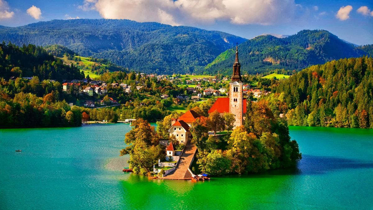 Σλοβενία και Ρουμανία στη λίστα του Guardian με εναλλακτικούς τουριστικούς προορισμούς