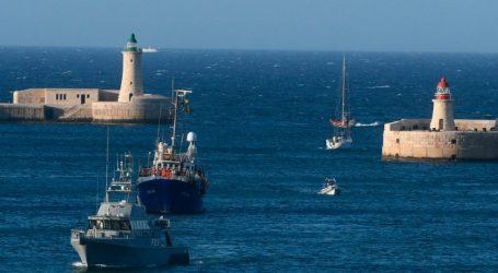 Στο λιμάνι της Βαλέτας το Lifeline με 233 πρόσφυγες και μετανάστες