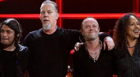 Οι Metallica δωρίζουν 100.000 δολ. για τους πληγέντες από τις πυρκαγιές στην Καλιφόρνια