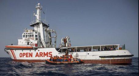 Η Γαλλία θα δεχθεί 20 μετανάστες από το πλοίο Open Arms που έφθασε στην Ισπανία