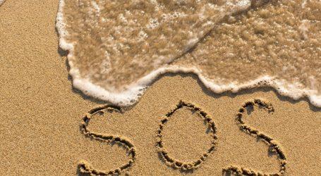 Το κινηματογραφικό κόλπο SOS έσωσε τη ζωή μια γυναίκας στην έρημο