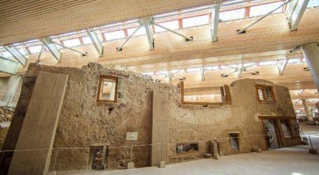 Νέα μοναδικά ευρήματα από την προϊστορική πόλη του Ακρωτηρίου Θήρας