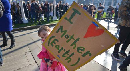 (PICS) Ξεσηκώνονται οι μαθητές για το Κλίμα στην Ευρώπη