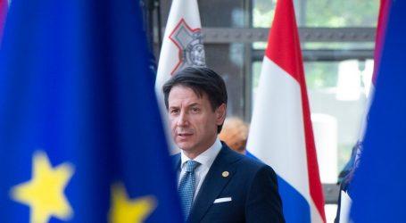 H κριτική της Κομισιόν στην ιταλική οικονομία αναθέρμανε τη διένεξη Ρώμης-Βρυξελλών