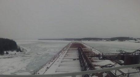 (VID) Η ζωή του ναυτικού τον χειμώνα