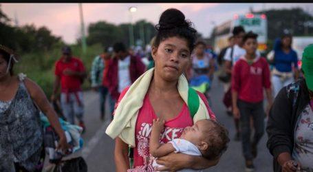 Αμερική: Τα καραβάνια των μεταναστών συνεχίζουν την πορεία τους | Οι Αμερικανοί στρατιώτες παρατάσσονται στα σύνορα με το Μεξικό