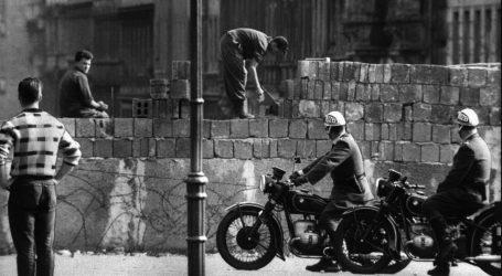 Ιn memoriam – 30 χρόνια μετά την πτώση του Τείχους – Το ηράκλειο έργο της αποκατάστασης των αρχείων της Stasi