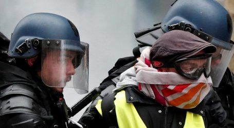 """Πάνω από 100 συλλήψεις διαδηλωτών των """"κίτρινων γιλέκων"""" στο Παρίσι"""