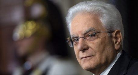 Διένεξη Βρυξελλών-Ρώμης | Παρέμβαση Ματαρέλα προς Κόντε: Προστατεύστε την Ιταλία από τη χρηματοοικονομική αστάθεια
