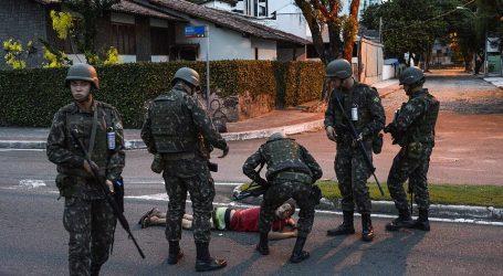 Σκηνές απ' το μέλλον στη Βραζιλία του Μπολσονάρου – Στους δρόμους ο στρατός κατά της εγκληματικότητας – 1 νεκρός