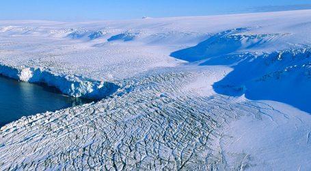 Εξαπλάσιοι πάγοι σε σύγκριση με πριν 40 χρόνια χάνονται από την Ανταρκτική κάθε χρόνο