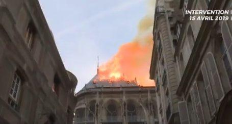 Το βίντεο των Γάλλων πυροσβεστών από την καταστροφή της Παναγίας των Παρισίων
