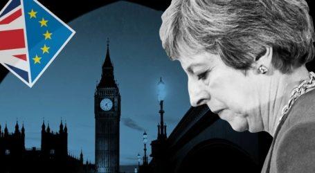 Βρετανία: Δημοσκοπικός εξευτελισμός για τους Τόρις – Απογείωση των ευρωκεπτικιστών και διάσωση των Εργατικών με απώλειες