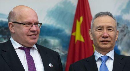 """Γερμανική διαμεσολάβηση στον """"πόλεμο"""" ΗΠΑ-Κίνας"""