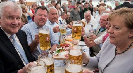 Βαυαρία: Καταρρέουν SPD και CSU στις δημοσκοπήσεις – 2οι οι Πράσινοι και 3ο το AfD