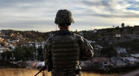 ΗΠΑ: Αποστέλλει στρατεύματα στα σύνορα με το Μεξικό για την απόκρουση των μεταναστών