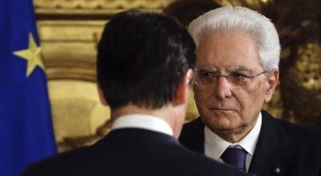 Ιταλία: Λεπτοί χειρισμοί μετά την απόρριψη του προϋπολογισμού από την ΕΕ